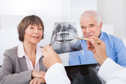 Zahnärztliche Chirurgie - Zystenoperation